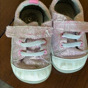 See Kai run pink glitter shoes in size 4